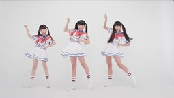 RABBIT HUTCH - Saikou (video musical) 008