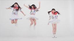 RABBIT HUTCH - Saikou (video musical) 014