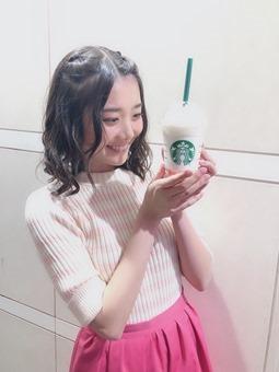 Tsurumi Moe - Feliz Cumpleaños (2019) 086