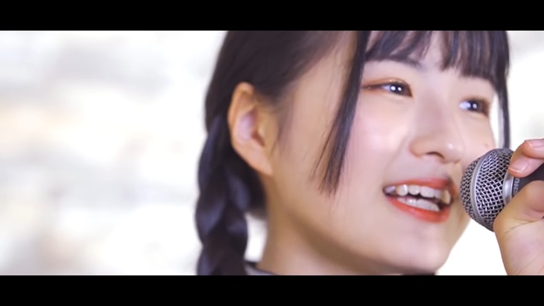 Udagawa Momoka - Gurenge (cover, opening de Kimetsu no Yaiba) 003