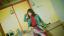 Kanzawa Tomoko - Kiiroi Sen no Uchigawa de Narande Omachi Kudasai (video musical) 006
